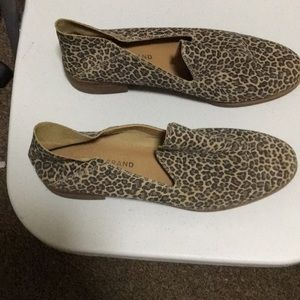 Lucky Cahill leopard loafer